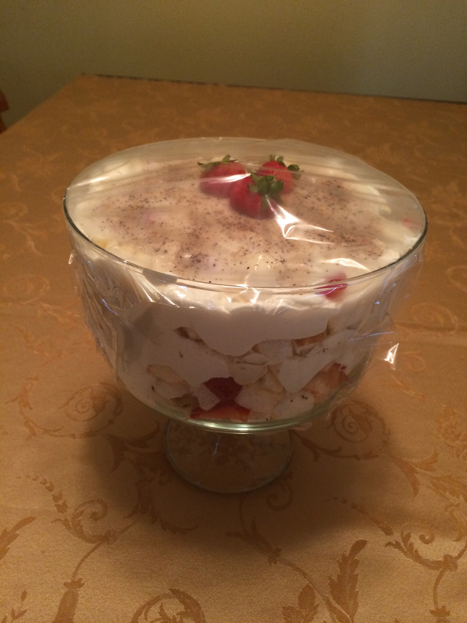 Strawberry-banana trifle